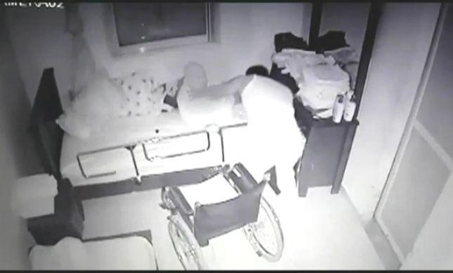 מזעזע: עובד זר התעלל בקשיש בן 84 ונעצר. צפו