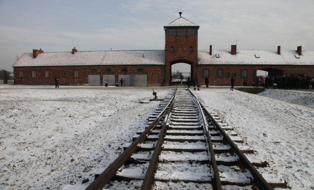 למה אלוהים החליט על השואה? איננו יודעים