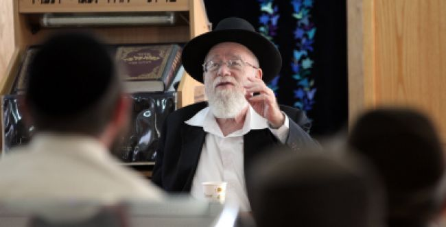 """הרב דב ליאור נגד """"הסכם מאהבה"""" של רבני 'צהר'"""