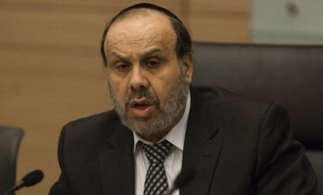 שר הדתות לרב יצחק יוסף: 'מדובר בהליך מביש'