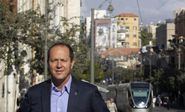 גיבור העל של ירושלים: ניר ברקת שוב עושה סדר