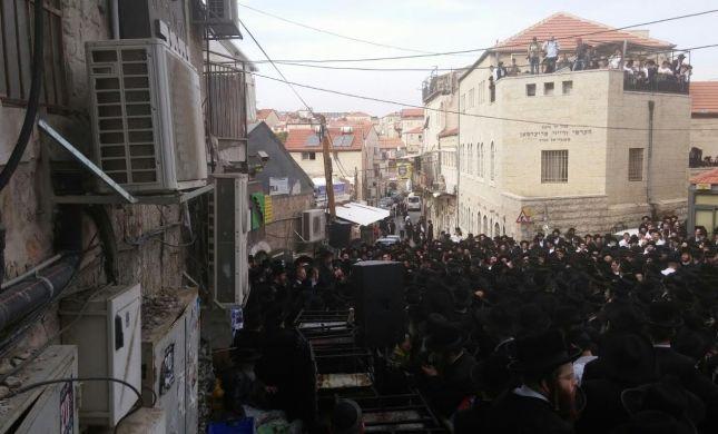 """תיעוד: רבבות בהלווית ישעיהו קרישבסקי הי""""ד"""