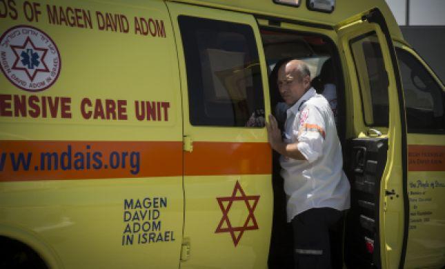 פיגוע דריסה בצומת עפרה; ישראלי נרצח, חברו נפצע