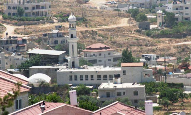 תיעוד מצולם מוכיח: כשמדובר במסגדים המדינה נמנעת מלהרוס
