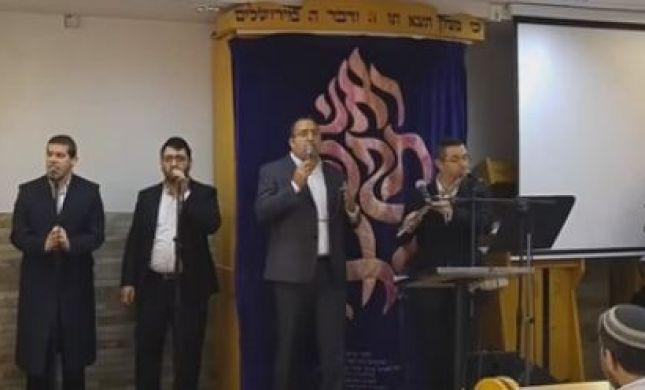 """מרגש: שוואקי שר את """"קדושה"""" של הרב נריה"""