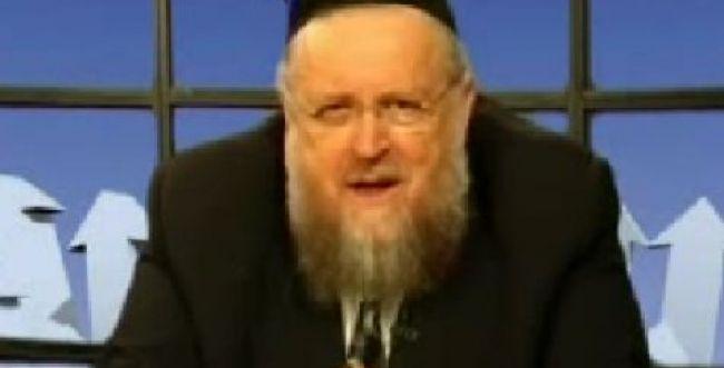 הרב שלזינגר על הרב דב ליאור: אין להתיר איסורי שבת
