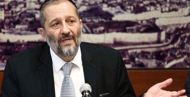 בעקבות הצלחת 'הבית היהודי'; דרעי זועם