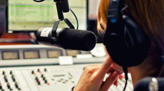 חדשות חרדים תעלומה ברחוב החרדי: למי שייכת תחנת הרדיו?