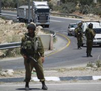 חדשות, חדשות צבא ובטחון חשד: ערבים ניסו לחטוף חייל בצומת המוביל