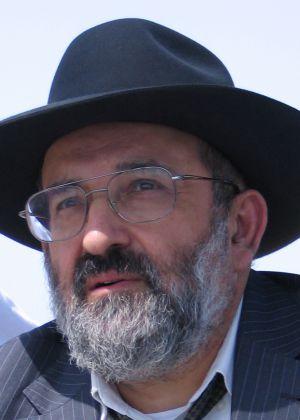 הרב זייני: מקורו של המושג 'רבנית' אינו מן היהדות!