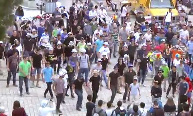 צפו: פלאשמוב פורימי במרכז העיר ירושלים
