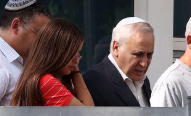 דרמה בוועדת השחרורים: משה קצב נשאר בכלא