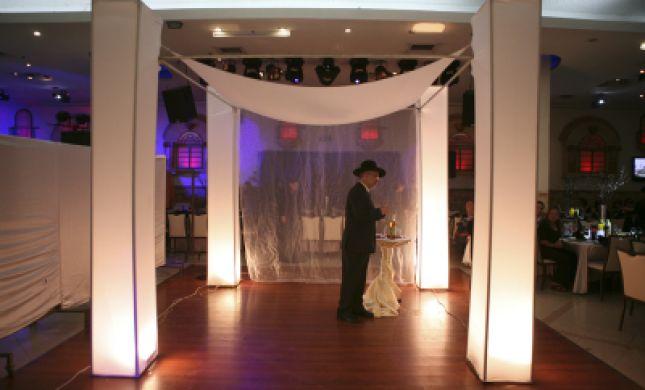 החתן פונה לבית החולים באמצע חתונתו
