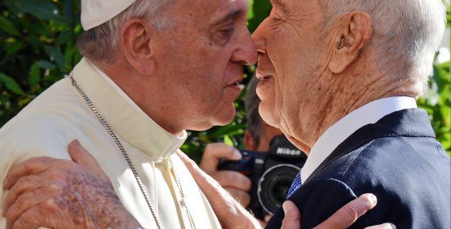 רבני בית הלל לא הושפעו מהמעמדות של האפיפיור