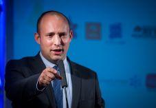 בנט מציב תנאי לכניסת ישראל ביתנו לממשלה