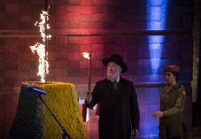 אנחנו מתעסקים בצד הלא נכון של זכרון השואה