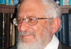 """הרב רוזן לרב אבינר: """"אל תהיה שטחי"""""""