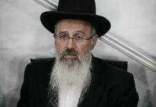 המדינה שוקלת הליך להדחת הרב אברהם יוסף