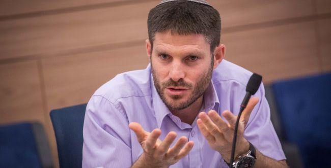 """גליק וסמוטריץ' נגד שלילת אזרחות למנכ""""ל 'בצלם'"""