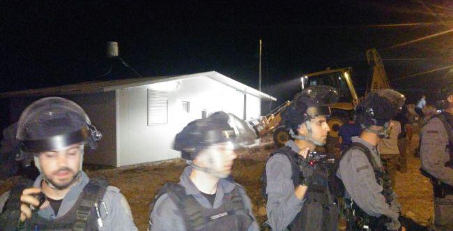באישור ליברמן: הלילה הרס הצבא בית בחברון