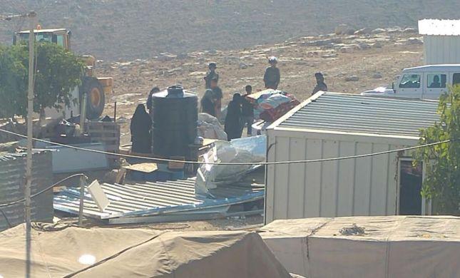 המנהל האזרחי הרס מבנים בלתי חוקיים בהר חברון