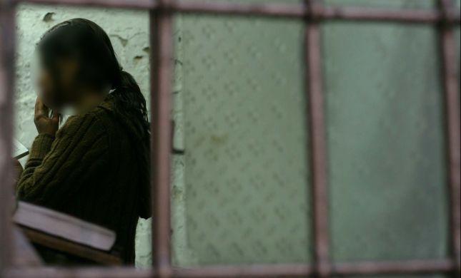 הפשע הנורא של הנערות: התפללו בעיר העתיקה