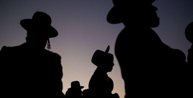 כתב אישום: המלמדים בבעלזא התעללו והשפילו