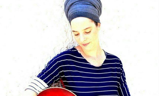 """""""תאי הנפש"""": שרון רוטר חוזרת בשיר חדש. האזינו"""
