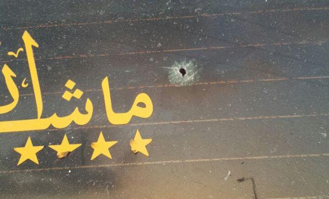 """נחקר שבוע בשב""""כ כי ירה גולה על מונית ערבית"""