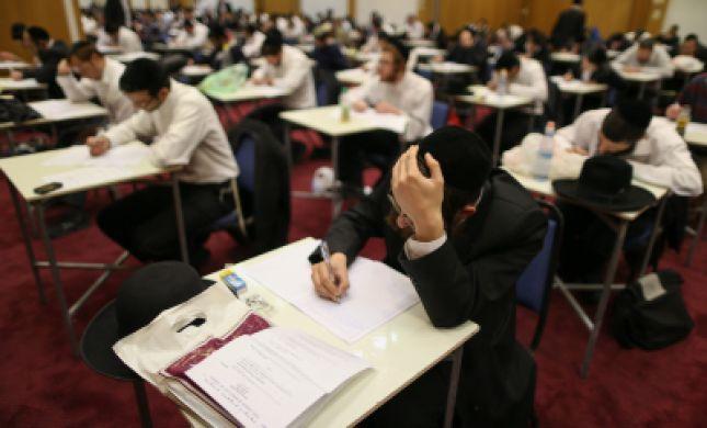 מועמדים לתפקידי רבנות חשודים כי רימו במבחנים