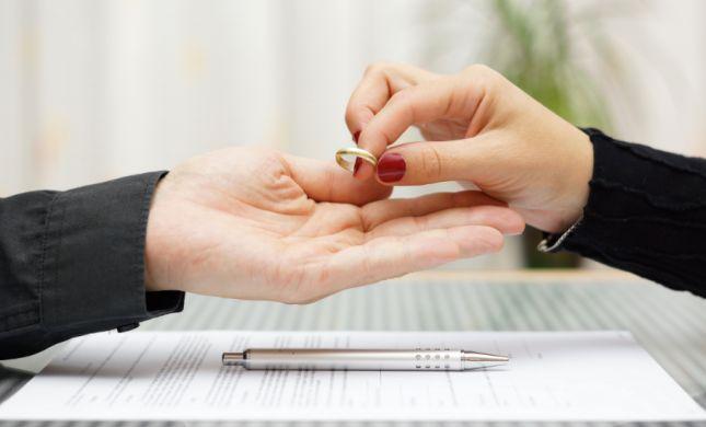 הכלה הפרה הסכם, הבעל ביקש גט שעתיים אחרי החתונה