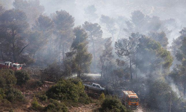 במהלך השבת: 45 בתים בנווה צוף נשרפו; מצית נתפס