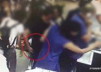 מצלמת האבטחה תפסה את גונב הטלפונים על חם