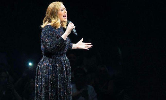 לכבוד סיום סבב ההופעות: אדל חושפת סוד מהמלתחה הפרטית שלה