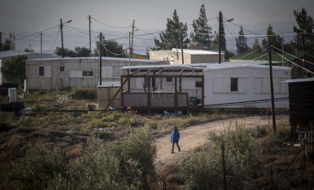 בקשת המדינה חושפת: תושבי עמונה התקפלו