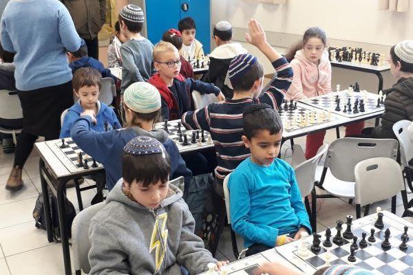 המגזר הסרוג בראש אליפות בתי הספר בשחמט