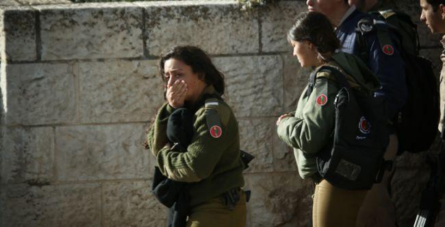 """צה""""ל כבר חוקר: מדוע החיילים החמושים ברחו"""