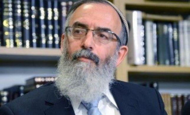 """הרב סתיו הורה לסגור את כל בתי הכנסת בעירו: """"לא קל"""""""
