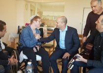 מרגש: הדואט של בנט ויהודה הישראלי; צפו