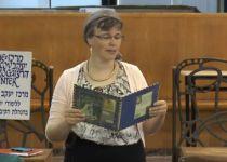 """דובר צה""""ל נפגש עם הרבנית החתומה על מכתב הרבנים"""