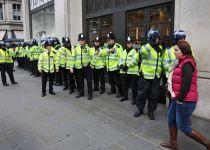 פיגוע דריסה ודקירות מחוץ לפרלמנט מלונדון
