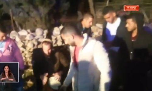 מבזקים, מופע, תרבות 'לקחו ממני טלפון': המתנחל שניגן בכפר פלסטיני. צפו