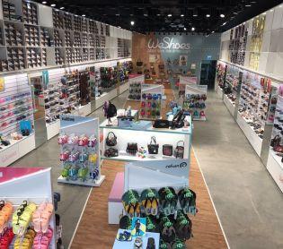 צרכנות, שווה לדעת רשת חנויות קרוקס אנד מור תעבור מיתוג מחדש ותיקרא WeShoes