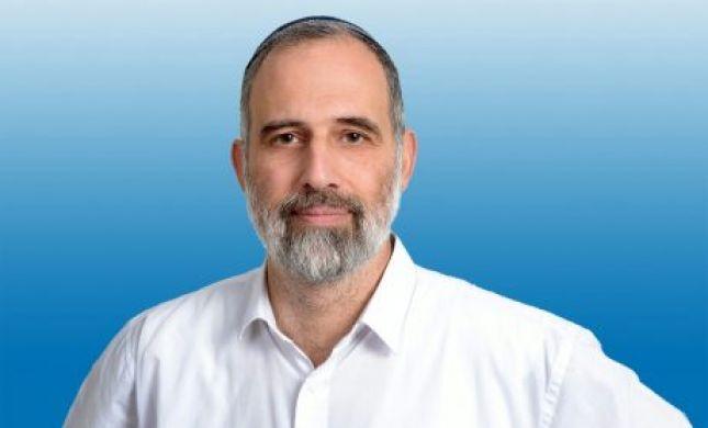 """הרב זאגא עוקץ את בנט: """"גילה את ה""""וואטסאפ"""""""