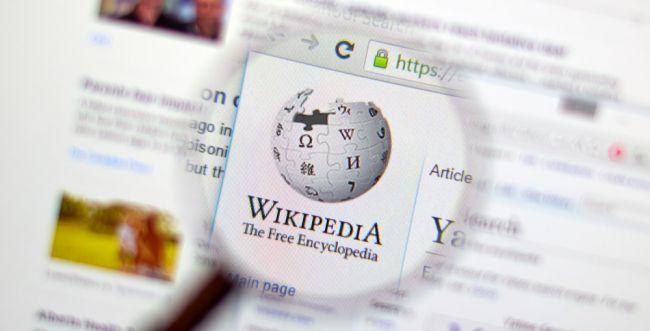 עידן חדש: מייסד ויקיפדיה יוצא להילחם ב'פייק ניוז'