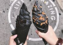 הזוי אבל להיט: גלידה שחורה- שמלבינה שיניים