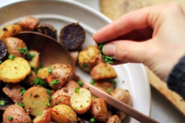 טעים: התיבול שאתם חייבים לנסות לתפוחי אדמה