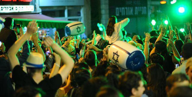 חגיגות 'יום ירושלים', לא לדתיים בלבד