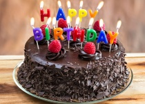 """שו""""ת התאגיד: האם מותר לחגוג יום הולדת לועזי?"""