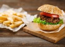 ככה נפרדים מטראמפ: מתכון להמבורגר עסיסי